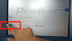 5. Pilih menu Ke Rekening BCA Virtual Account
